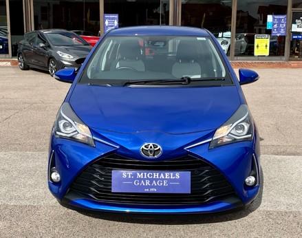 Toyota Yaris VVT-I ICON TECH 5