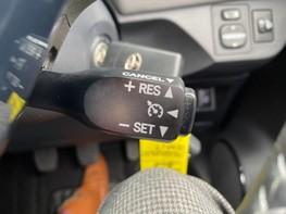 Toyota Yaris VVT-I ICON TECH 40