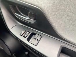 Toyota Yaris VVT-I ICON TECH 43
