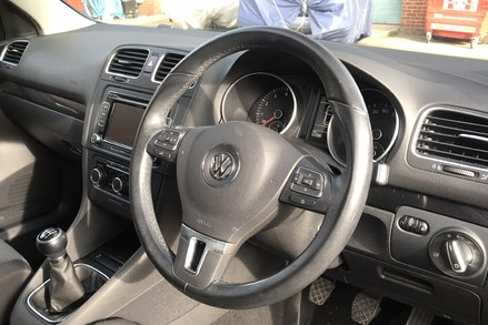 Volkswagen Golf MATCH TSI 7