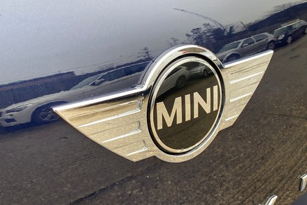 Mini Countryman COOPER SD ALL4 24