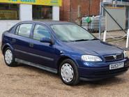 Vauxhall Astra CLUB 8V 1